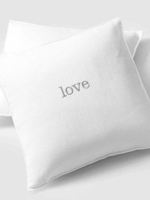 Love-03